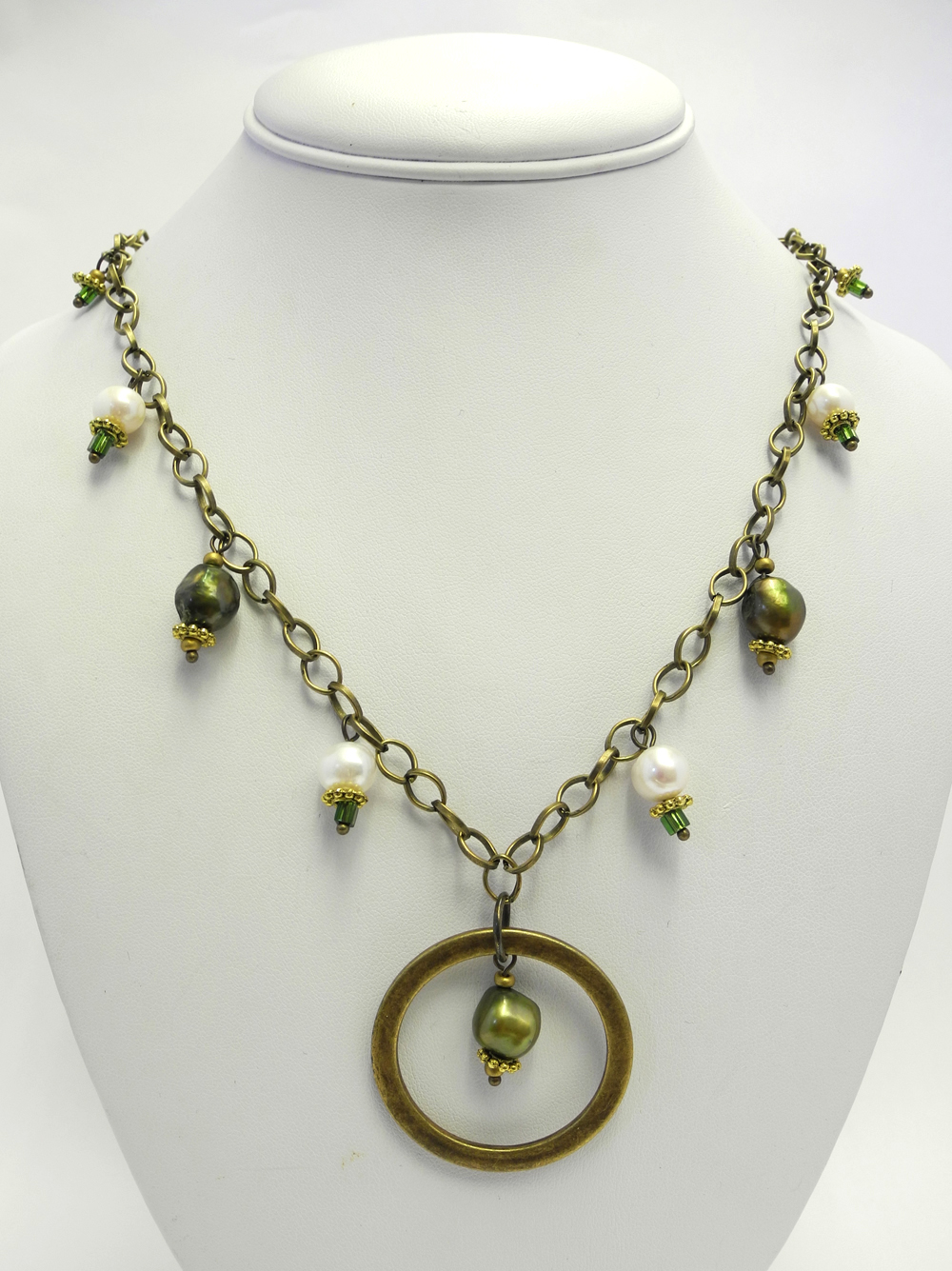 Spring Green Necklace 2 (2).jpg