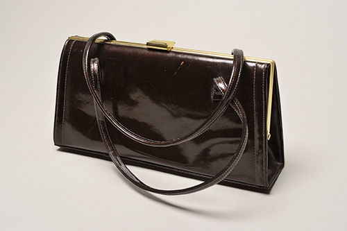 EastEnders_Premiums-PURSE2.jpg